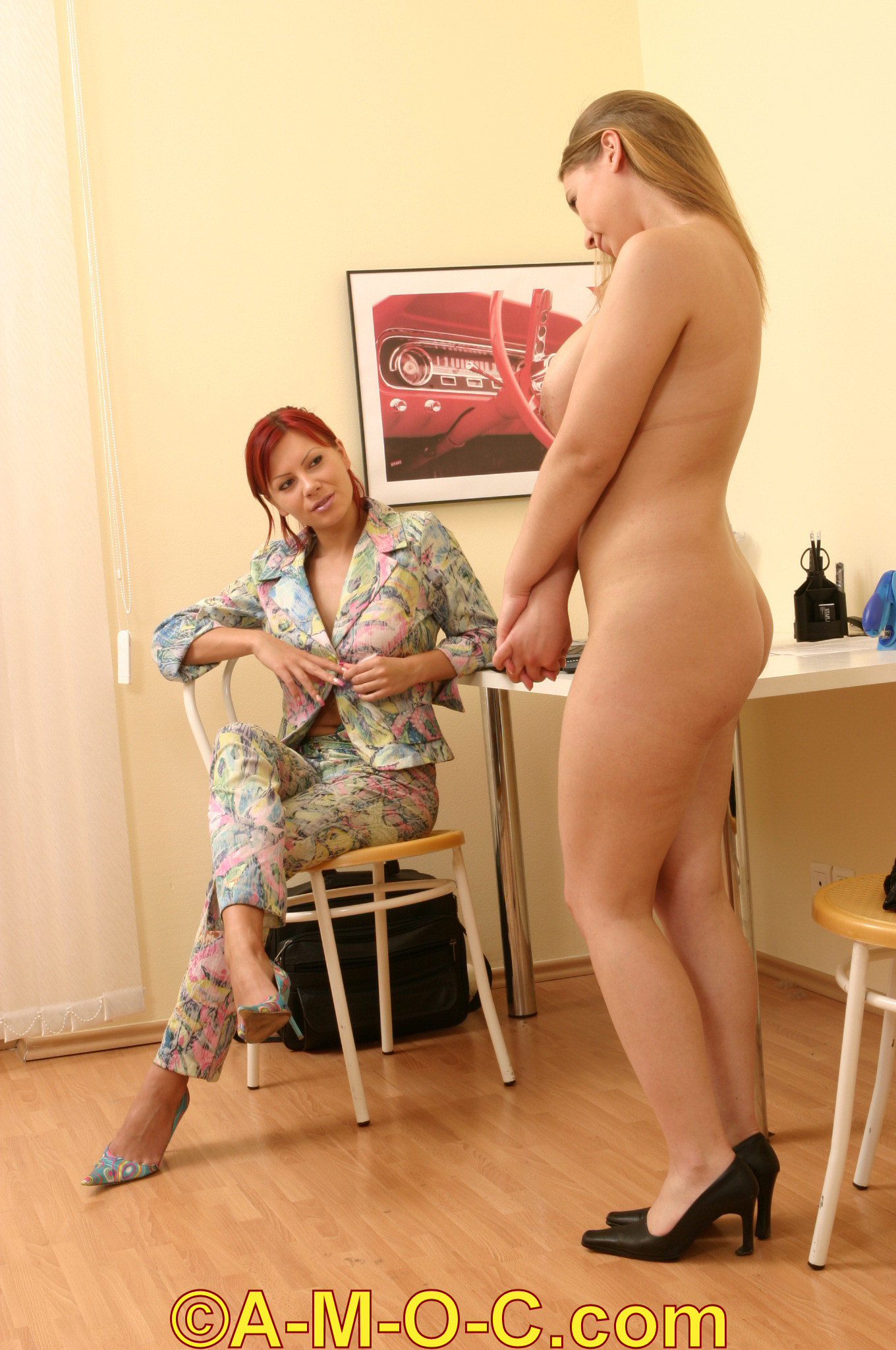 CFNF - Emily stands naked in front of Bridget