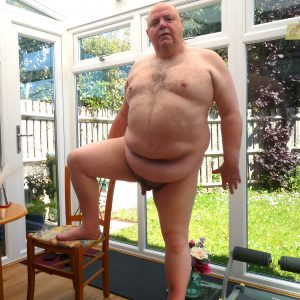 ExhibitionistAl full frontal